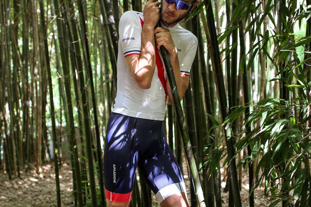 La Passione Cycling Kit Review x Swiftwick Socks Review — Kitwatch e85bddf59