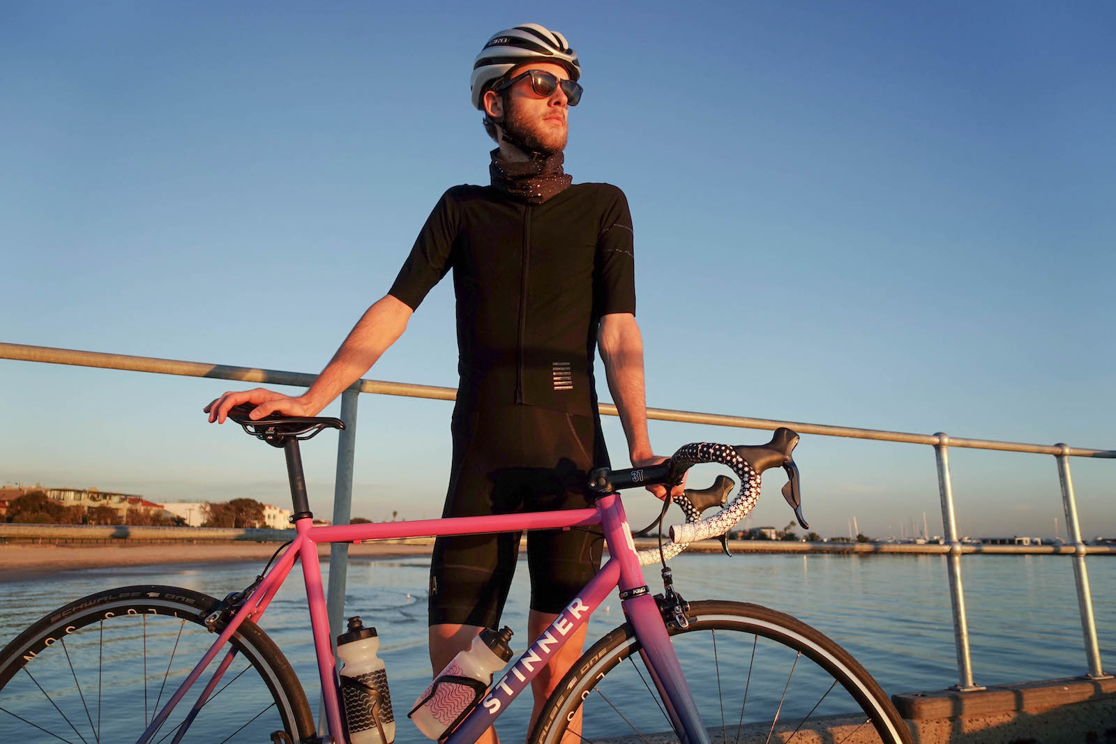 Rapha Pro Team Shadow Cycling Kit Review. Is it really waterproof ... 7dab1bfa2